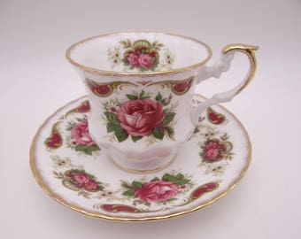 Vintage English Bone China Clifton Red Rose Teacup and Saucer Set - English Teacup - 13
