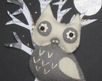 Snowy the Owl Felt Pin Brooch