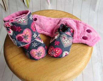Handmade Stay-on Baby Booties sizes 0-3m to 18-24m