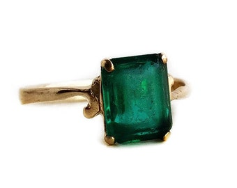 Vintage 10k Rosy Yellow Gold Simulated Emerald Ring - 1940s Size 7 Green Glass Stone Fine Jewelry May Birthstone