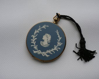 Vintage Volupte Compact Pocket Watch Style Wedgewood Blue Cameo
