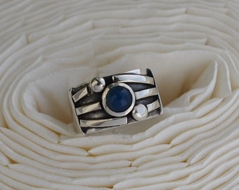 Sterling silver 925. Handmade ring. Natural blue agate. Modern pattern. Made to order. Any size.
