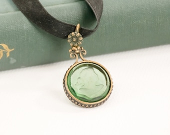 Vintage Cameo Choker - Choker - Cameo - Green - Gift For Her - Mom Gift - Mothers Day Gift - Girlfriend Gift - Fashionista Gift