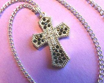 SILVER & BLACK Rhinestone Cross, Cross Pendant with 18K Whitegold Neck Chain, Vintage Cross Necklace, Silver Cross, Cross with Chain