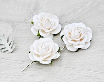 White Rose Clips, Bridal hair clips, Flower hair clips, Wedding flower pins, Flowergirl, Bridesmaid, White rose pins, White bobby pins.