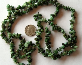 Full Strand Emerald Green Colored Chips (123)