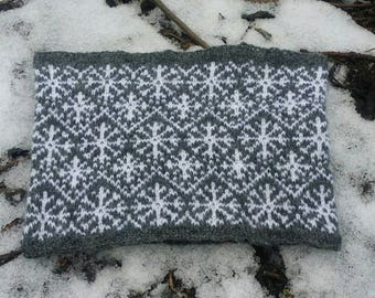 Knitting Pattern, Circular Scarf, Snow in the Fens
