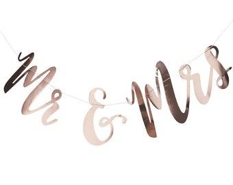 Mr. And Mrs. Banner, Rose Gold Paper Banner, Bridal Shower Bunting, Wedding Banner, Wedding Bunting Mr & Mrs Script Bridal Shower Banner