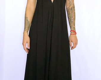 Black maxi dress size M