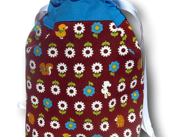Hedgehogs Amongst the Daisies - One Skein Project Bag for Knitting, Crochet, or Embroidery