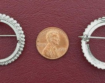 silver plated 25 cent piece pin mounting