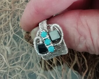 Ring with hematite and turquoise
