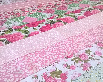 10 x Lusicious Lips Fabric Jelly Roll Strips Polycotton Patchwork Quilting