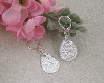 TEARDROP EARRINGS Silver disc earrings Dangle earrings, Textured earrings, Upcycled jewelry, Spoon jewelry, Reticulated silver Drop earrings