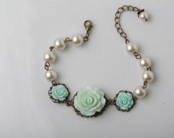Mint bridesmaid bracelet, bridal bracelet, rustic wedding bracelet, mint rose and ivory pearl bracelet, vintage wedding bracelet