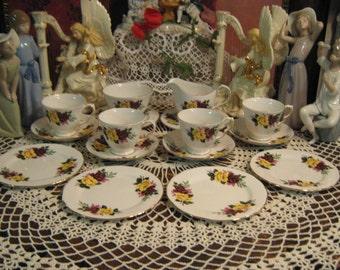 16 Pcs, Vintage Queen Anne Tea set,
