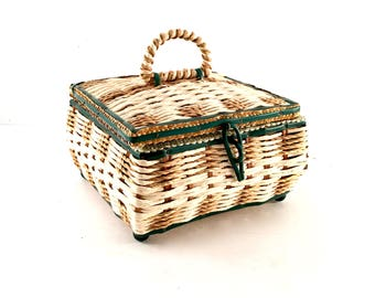 Vintage Musical Wicker Sewing Basket with Mint Green Satin interior / Musical Wicker Sewing basket