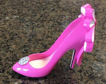 Marilyn's Closet Collectible Shoe from Giftcraft or use as Cake Topper