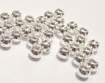Pack of 50, 925 sterling silver seamless 4mm round bead / spacer, 1.5mm hole [our ref: pa468]