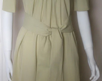 Vintage Olive Green Women's Dress Size 8 with Optional Tie/ Belt Pockets with Front Pointed Collar and Back Paige Collar