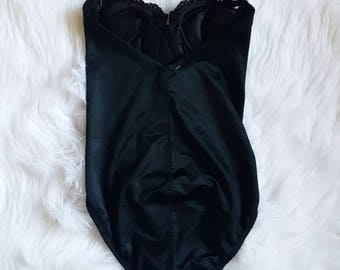 Vintage Lilyette Convertible Push Up Body Suit