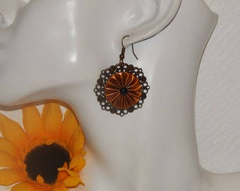 Bronze earrings with capsules caramel brown on prints