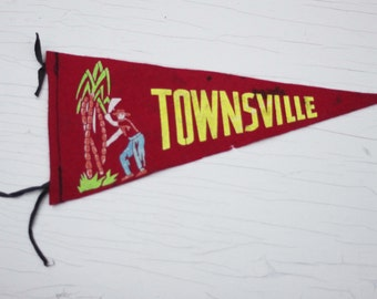 Vintage Townsville Double SIded Pennant / Souvenir / Red Felt