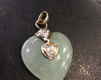 9ct gold jade heart pendant with diamond