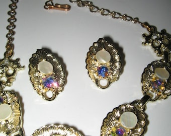 SALE BEAUTIFUL Vintage AB Crystal and Mother of Pearl Necklace, Earrings Set