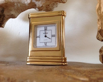 Clock in a miniature stature
