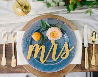 Mr and Mrs/Acrylic Place Cards/Wedding Gift/Guest Names/Place Settings/Custom Wedding Sign/Photo Props/Calligraphy Signs/Laser Cut Signs