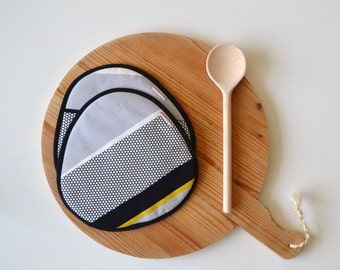 modern fabric striped trivets - black white yellow potholders - modern kitchen - fathersday gift - sleek rounded trivets