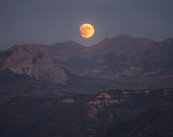 2015 Bloodmoon Lunar Eclipse over the Rocky Mountains in Colorado by Jay Canode