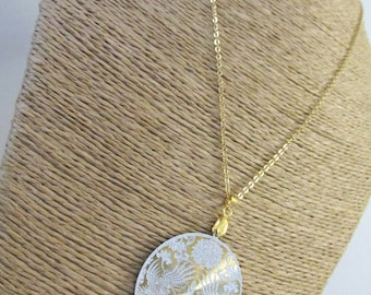 Necklace zen lotus white and gold
