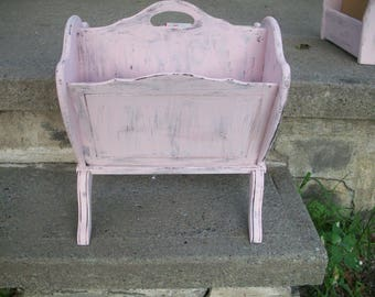 Wood Magazine Rack hand painted white, pink or lavender, Shabby cottage chic Wooden Mail holder, Rustic Home decor Organization Storage