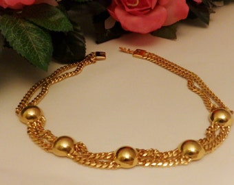 Vintage Gold Tone Monet Necklace