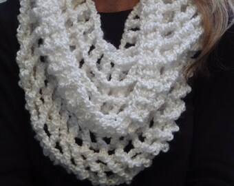 Lacy White Hooded Scarf #hoodedscarf #holiday #gift #giftsforher #Christmas
