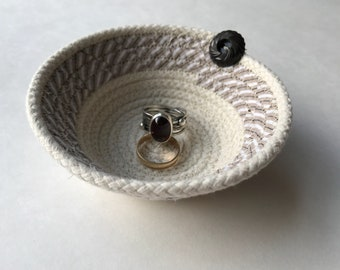 Small Rope Bowl | Rope Basket | Ring Basket | Handmade Basket | Upcycled Basket | Clothesline Basket