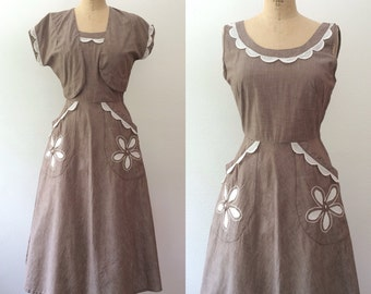 1950s dress / 1950s Vicky Vaughn dress / Calico Flower dress