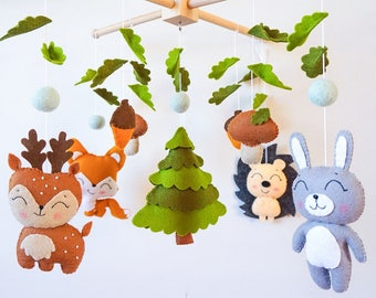 Woodland mobile Baby mobile Nursery mobile Forest animals Crib Cot mobile Hanging mobile Woodland baby shower gift Felt mobile