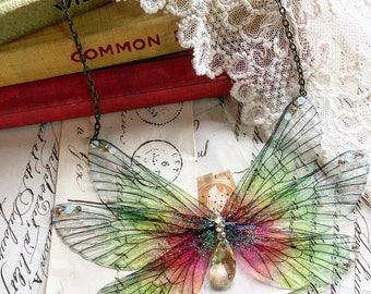 NEW large Pretty green and pink rainbow Faerie wings Necklace