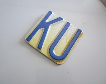 KU -  License tag magnet