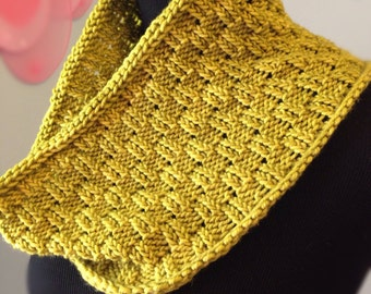 Escalon Cowl knitting Pattern Only