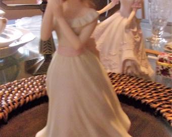 HOMCO  MASTERPIECE Porcelain 'MELANIE' Beautiful