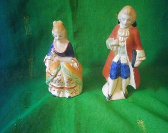 Sweet Vintage 1940's - 1950's Occupied Japan Salt & Pepper Shakers French/Colonial