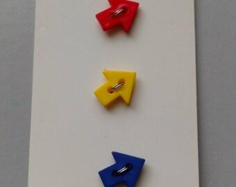 JHB International Novelty Arrow Buttons