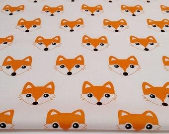 100% cotton fabric orange Fox (foxes) on a white 50 x 160 cm, 100% cotton printed accessories.