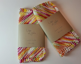 2 knitted cloths - pink and green