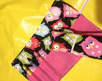 Crayon roll Owls on black More crayon rolls in my shop