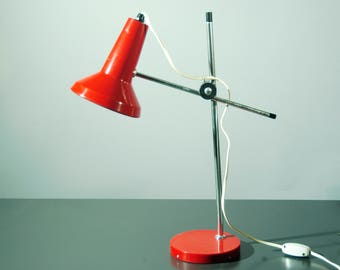 Seventies table lamp in red